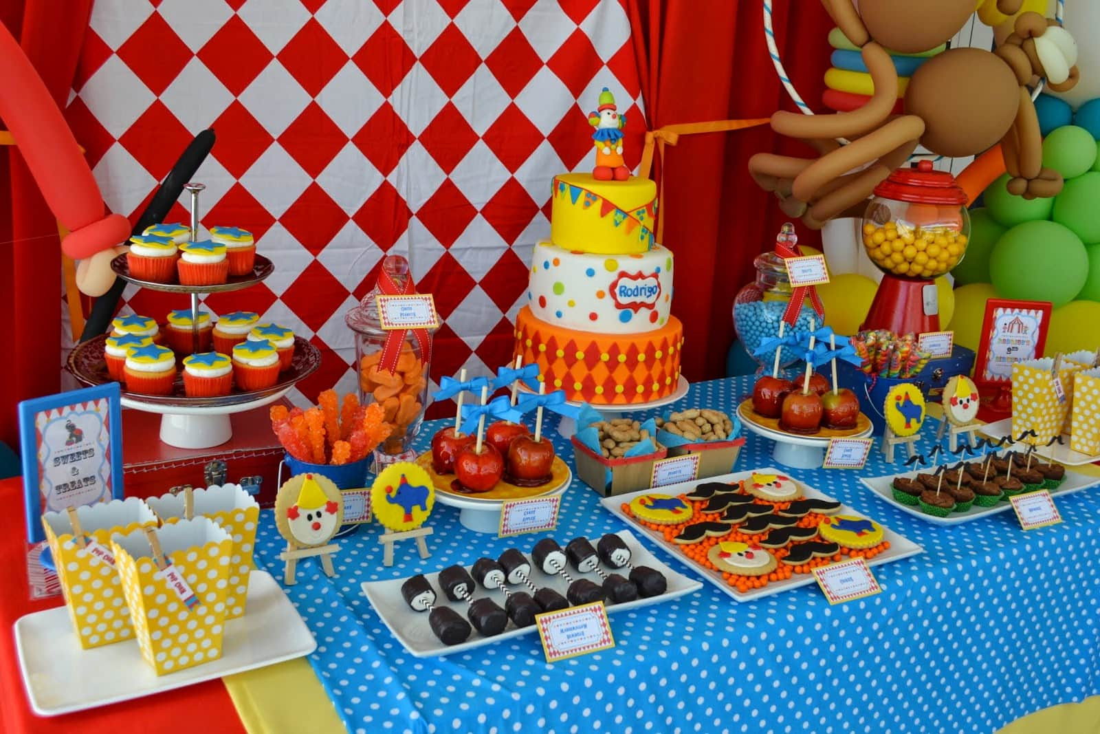 8 Year Old Boy Birthday Party Theme Ideas  33 Awesome Birthday Party Ideas for Boys