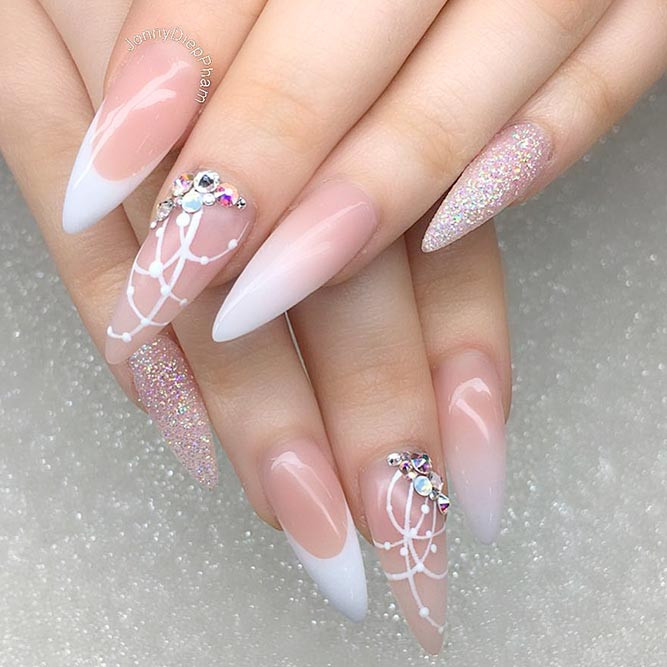 Almond Glitter Nails  21 Nude Almond Nails Ideas To Try