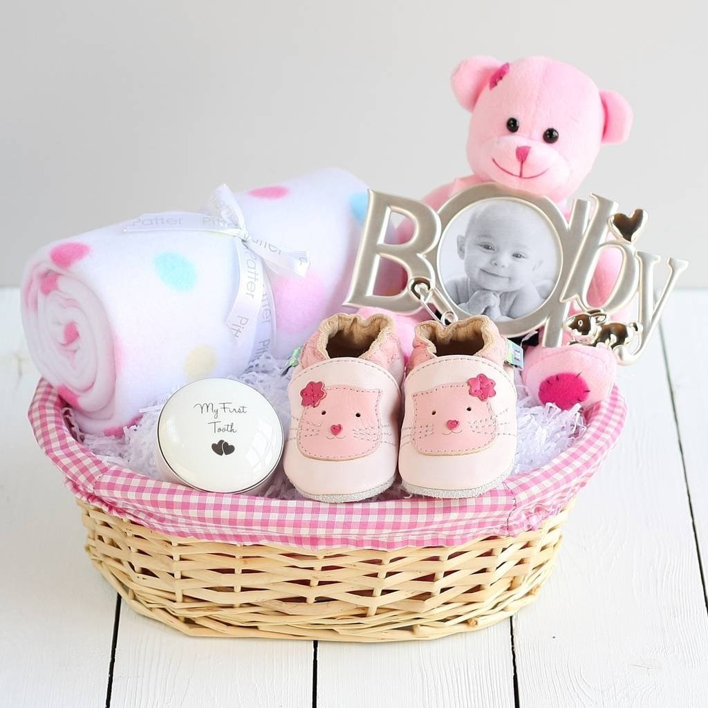 Baby Photo Gift Ideas  10 Lovable Baby Girl Gift Basket Ideas 2019