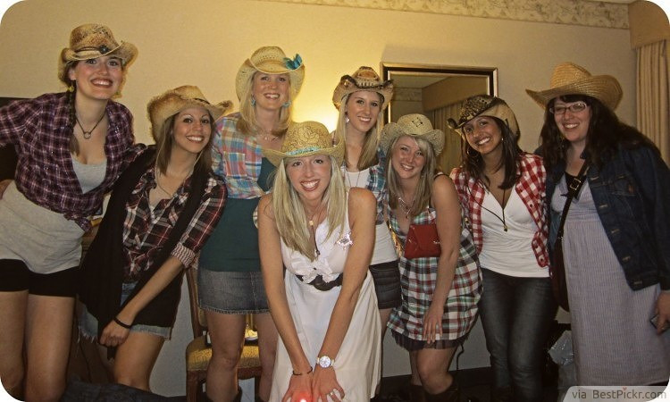 Bachelorette Party Dress Up Ideas  Cowgirl Themed Bachelorette Dress Up Idea