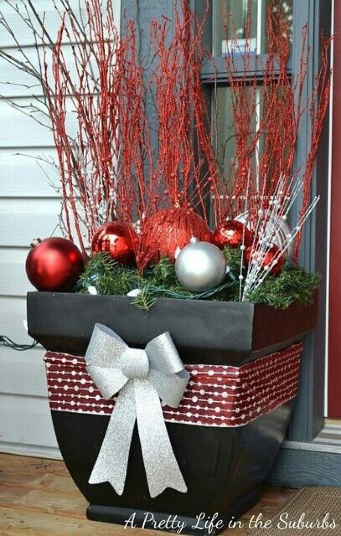 Backyard Christmas Decorations  25 Top outdoor Christmas decorations on Pinterest Easyday