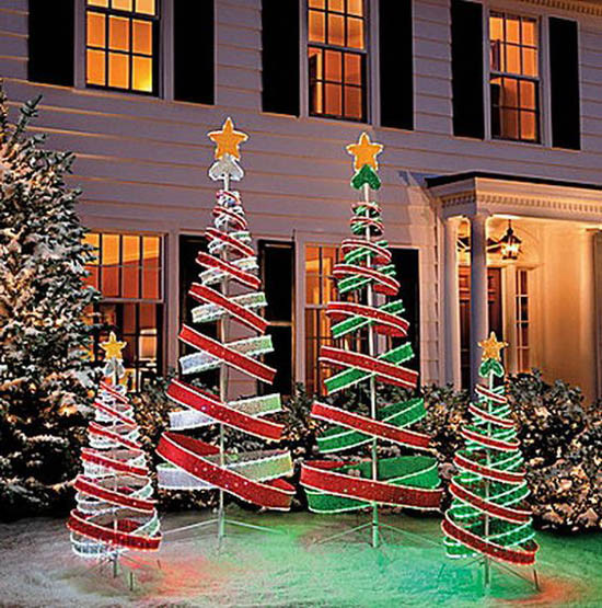 Backyard Christmas Decorations  30 Breathtaking Christmas Yard Decorating Ideas and