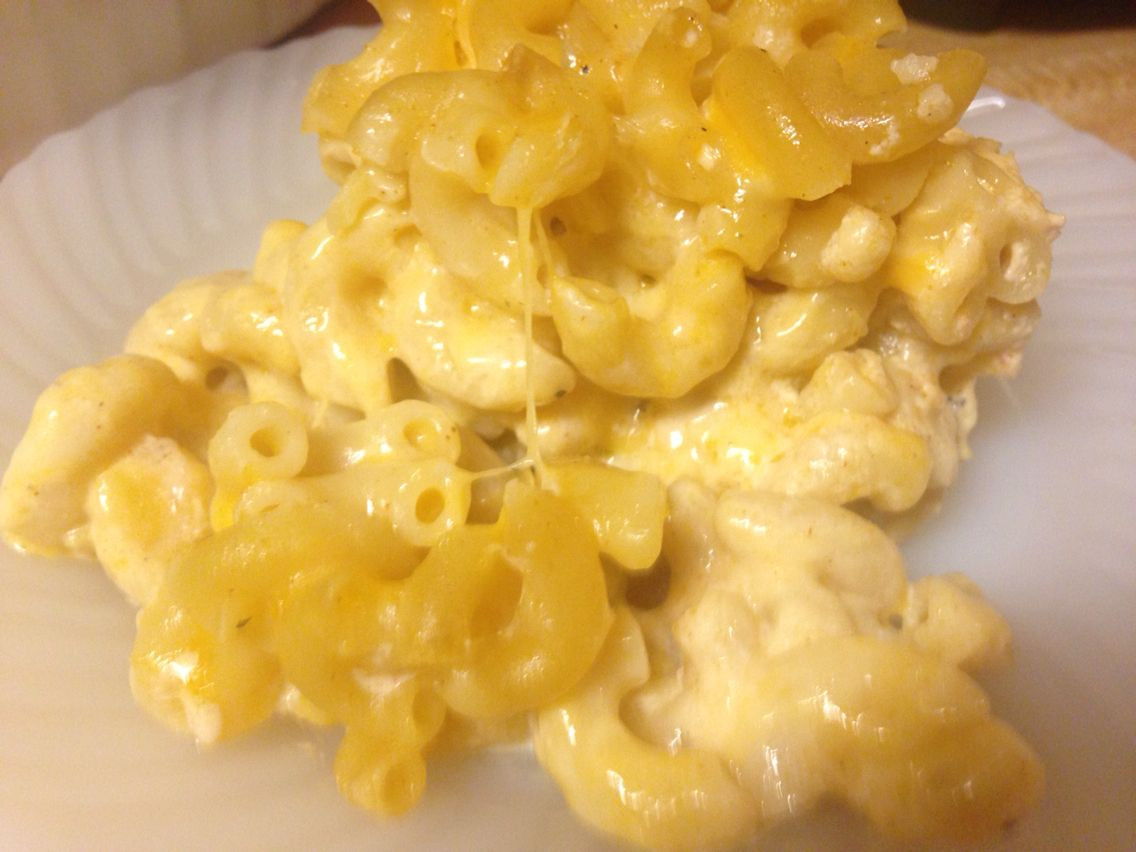 Baked Macaroni And Cheese No Milk  Baked Mac & cheese made with NO Milk or EGGS 😋😋 I used