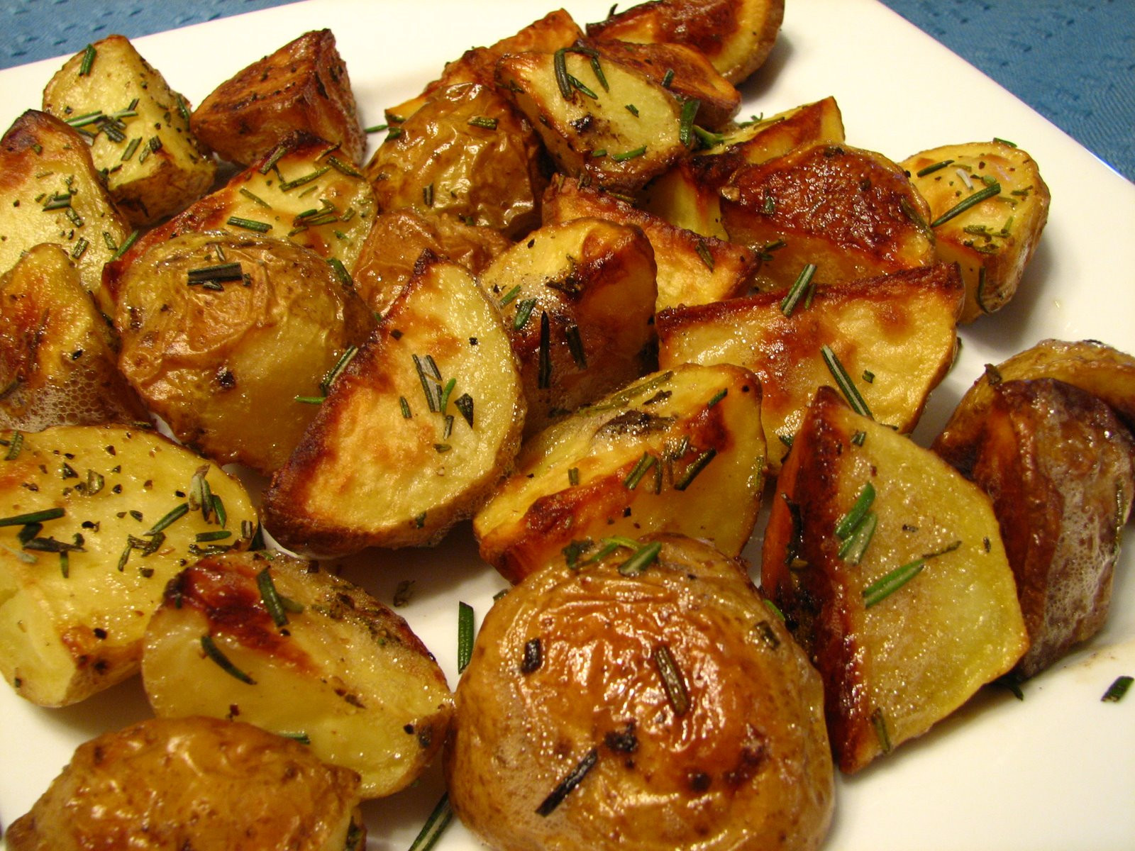 Baked Potato Recipe Oven  how to cook a baked potato in the oven