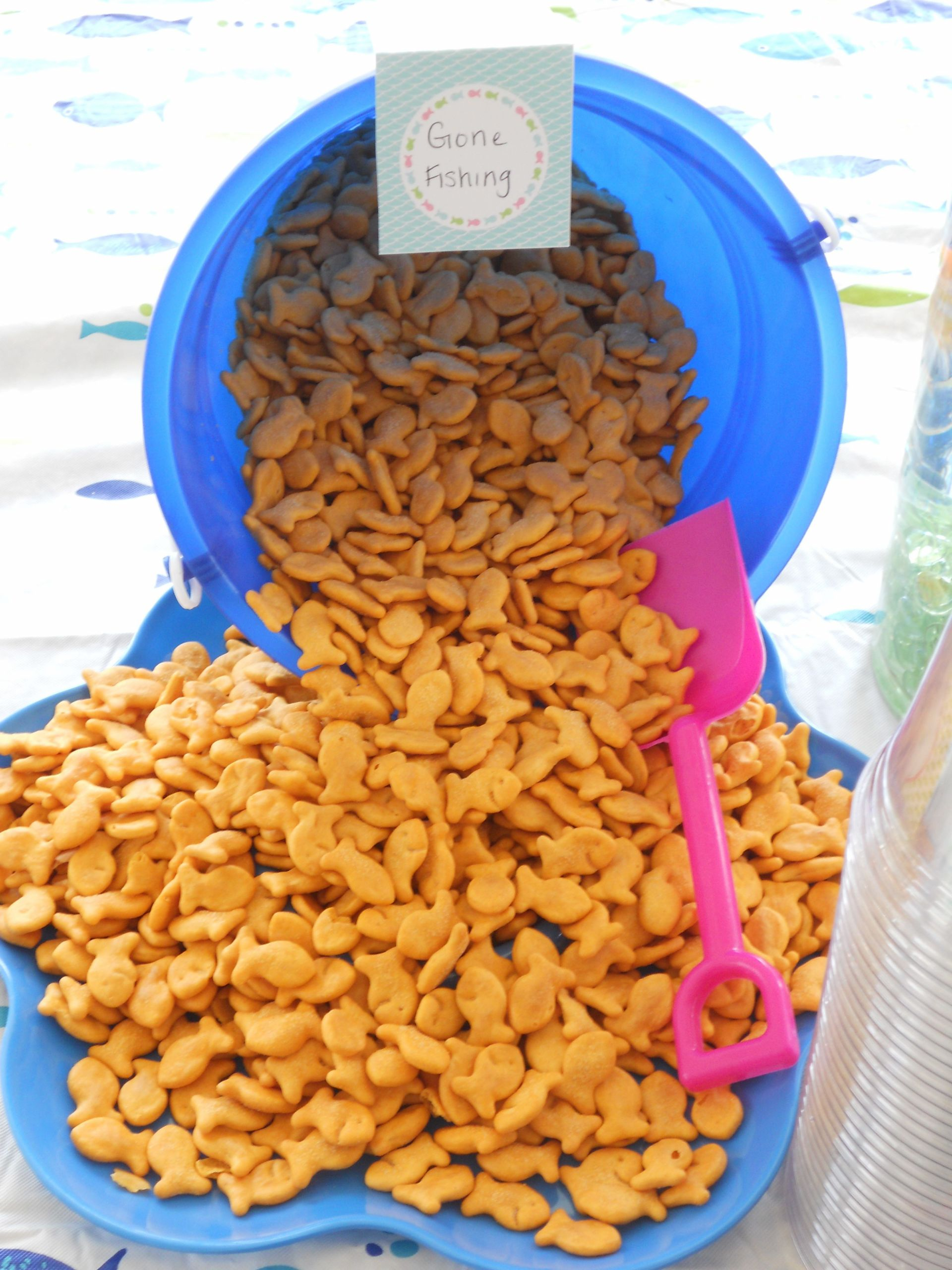 Beach Party Food Menu Ideas  Pool party decorations Use a bucket and shovel instead of