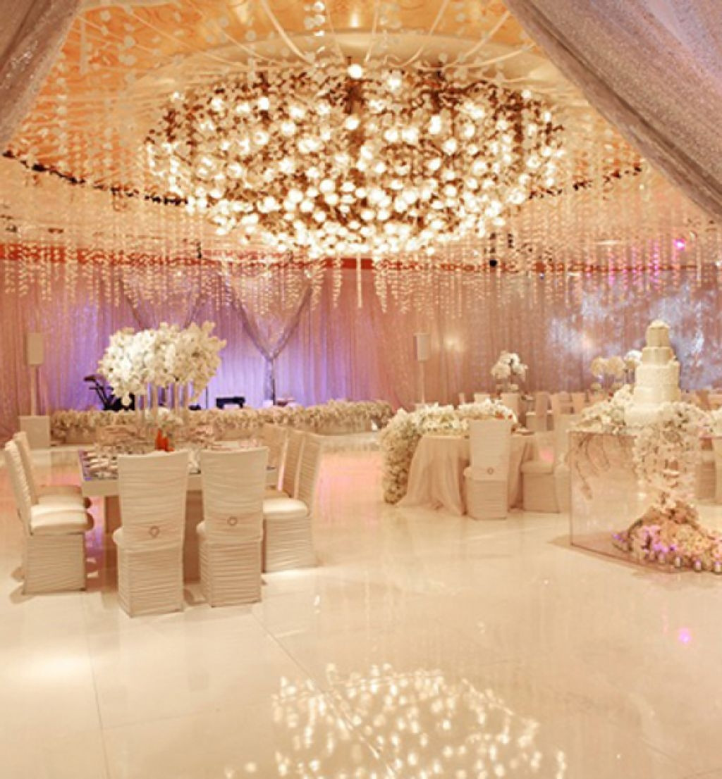 Beautiful Wedding Themes  Luxury Wedding Reception with a Perfect And Awesome