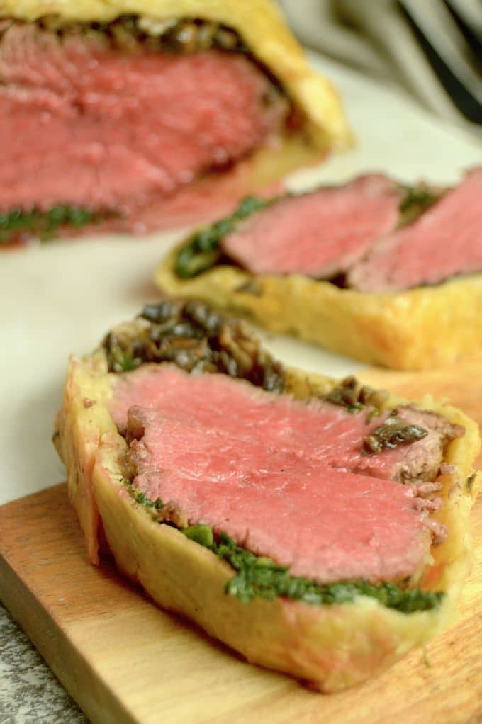 Beef Wellington Appetizers  Beef Wellington Appetizers Easy Appetizers for a Crowd