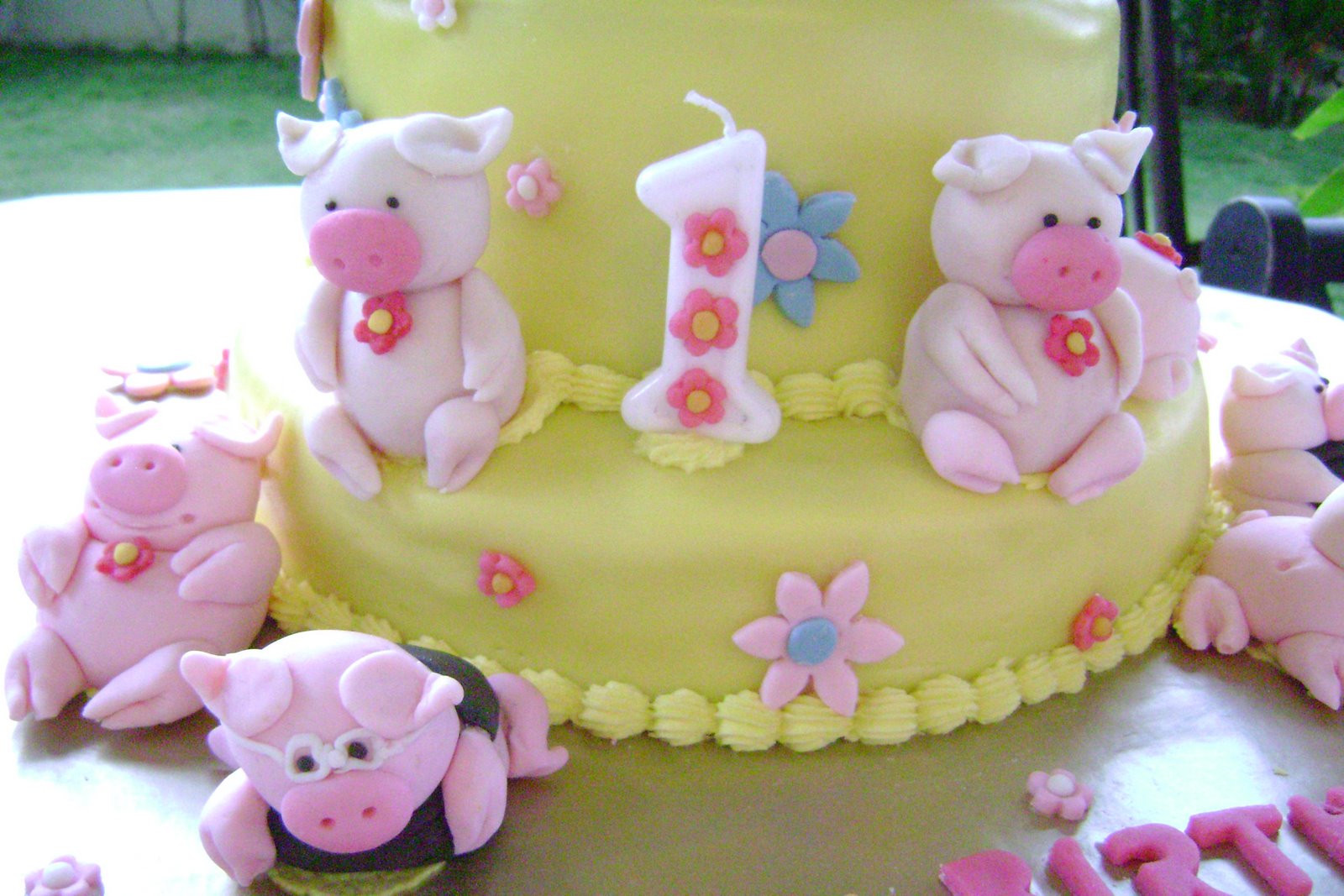 Birthday Cake For 1 Year Old  Birthday Cake for 1 year old girl