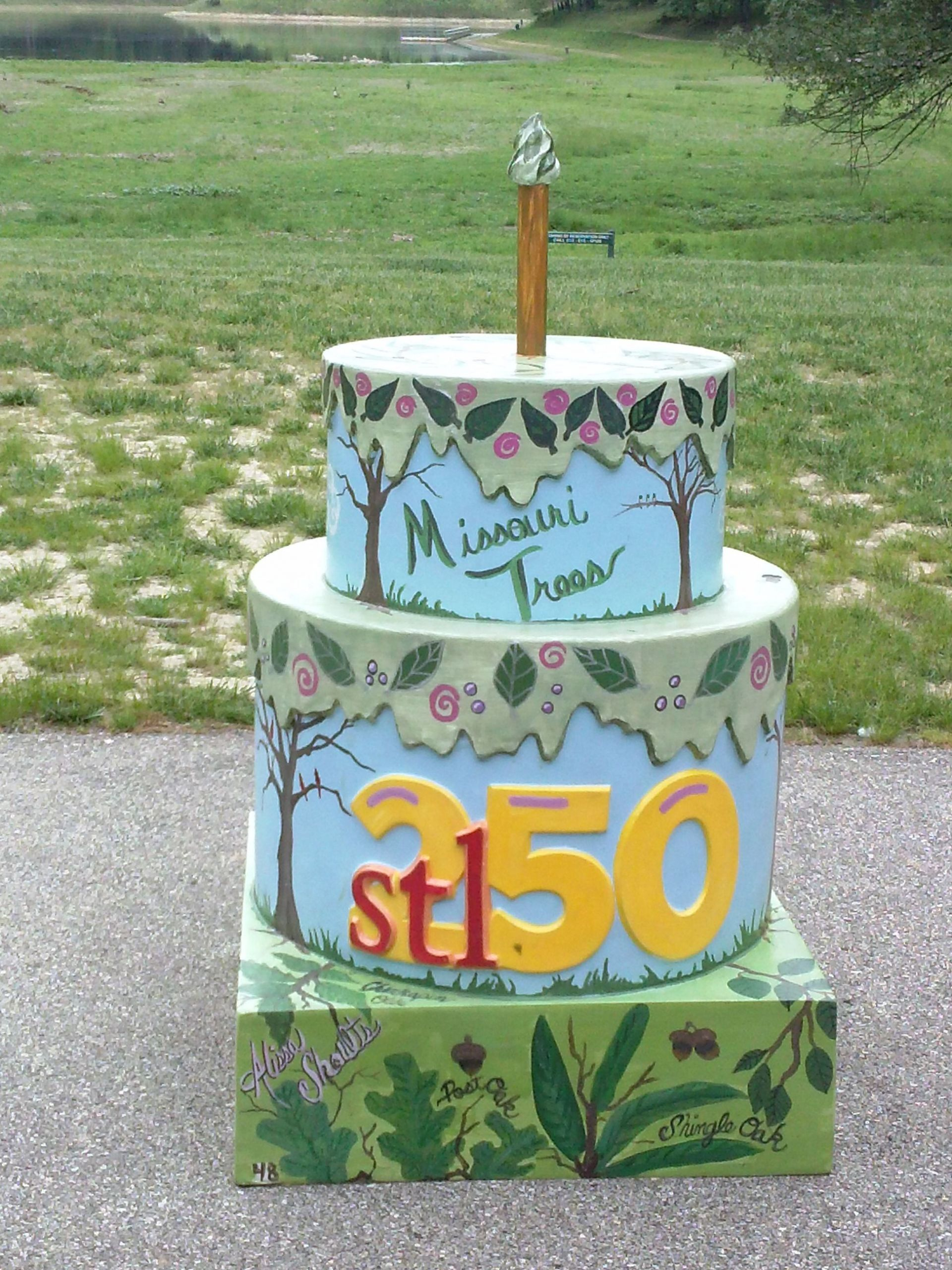"""Birthday Cakes St Louis  St Louis 250th anniversary There are 250 """"cakes"""