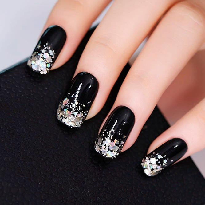 Black And Silver Glitter Nails  21 Gra nt Nails Designs To Greet Fall
