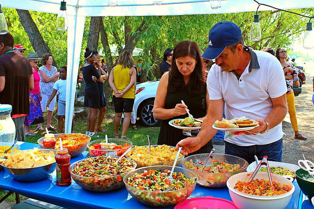 Casual Backyard Weddings  Casual Backyard Wedding Reception Alexandra and Carvil in