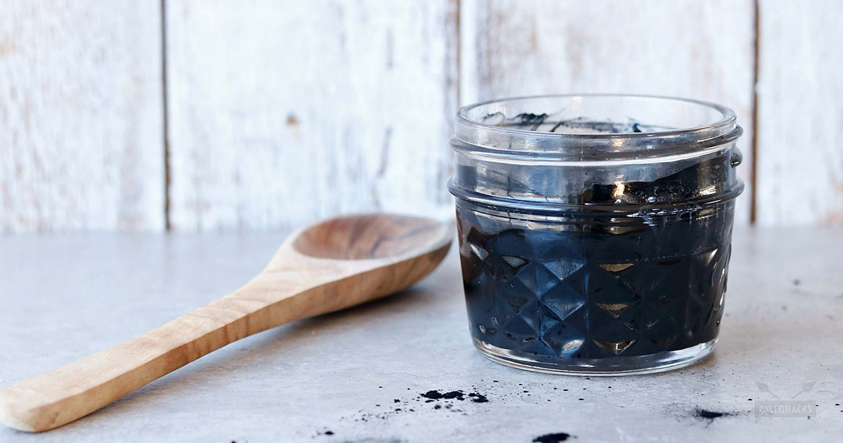 Charcoal Face Mask DIY  DIY Charcoal Face Mask with Coconut Oil ly 3 Ingre nts
