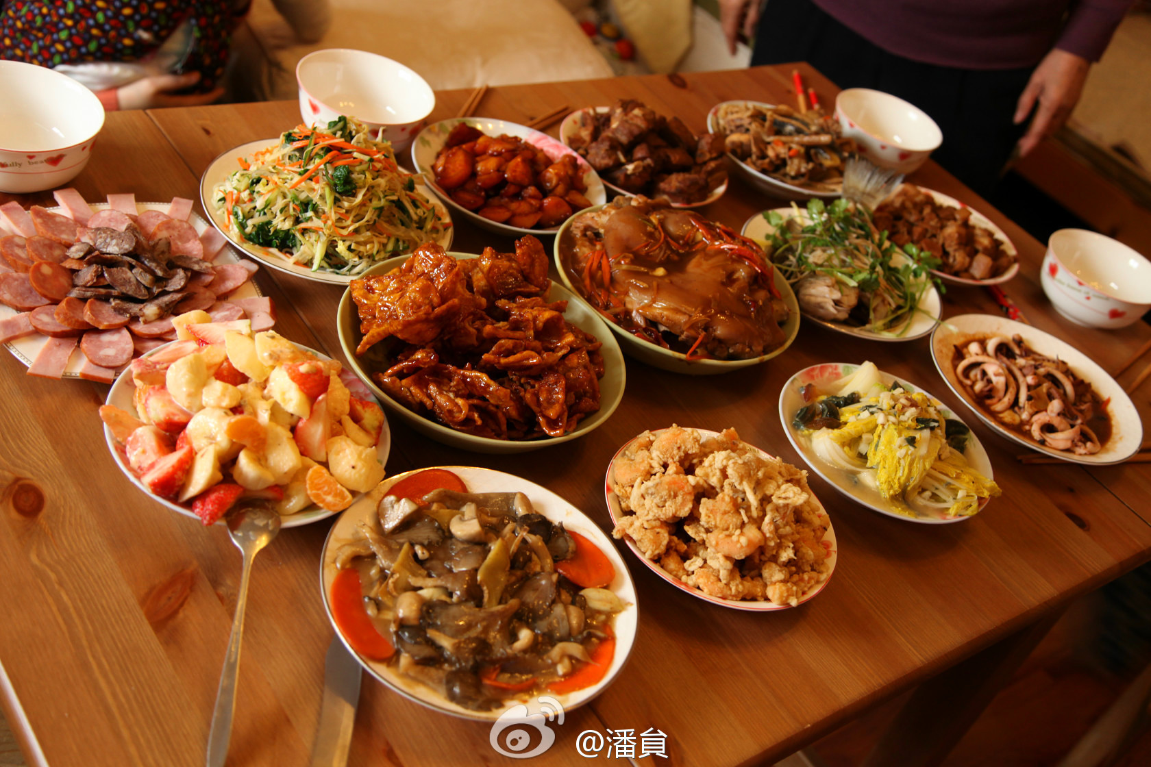 Chinese New Year Dinner  2015 China Legal Holiday Schedule Netizens Still plain