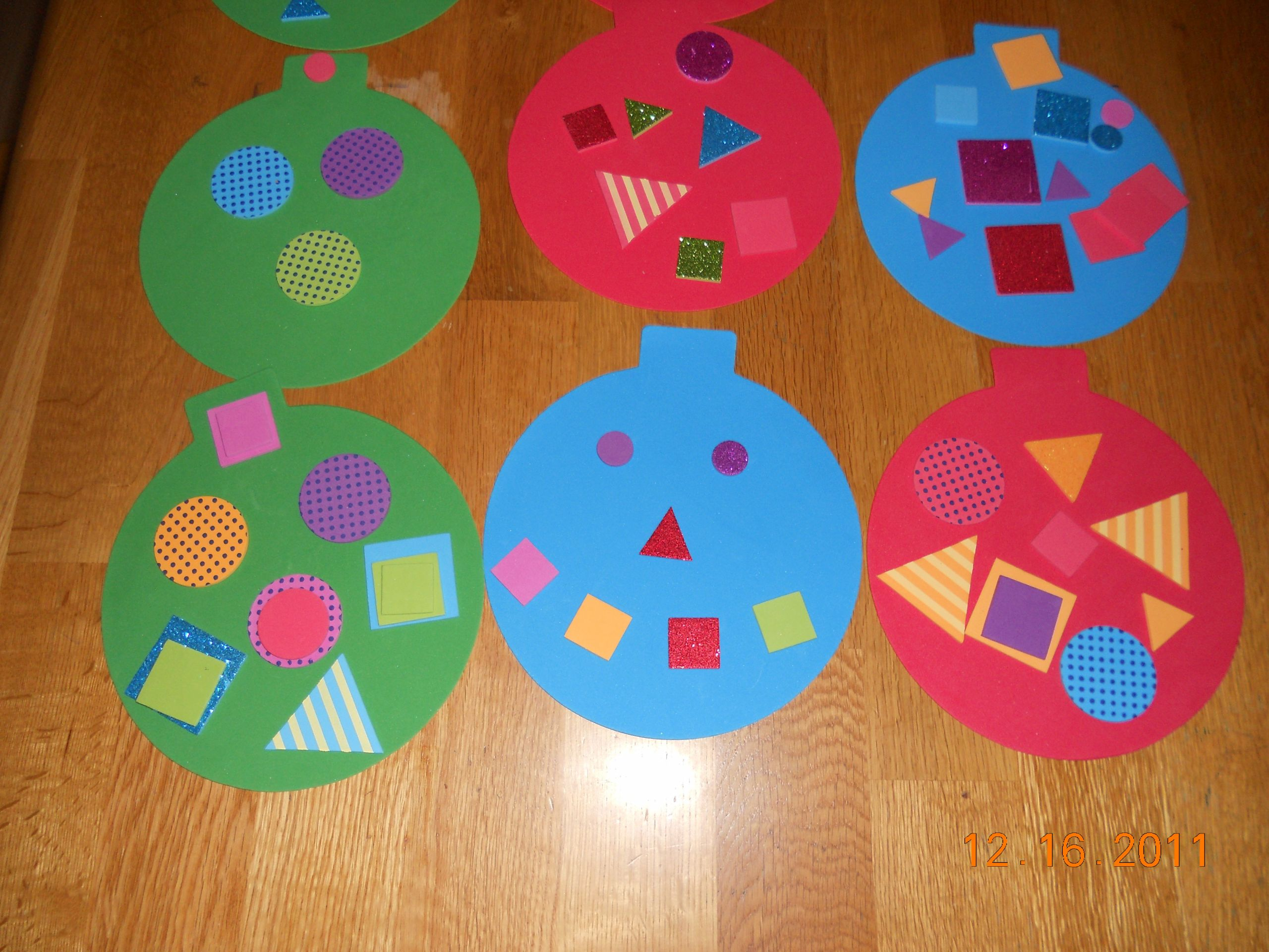 Christmas Arts And Craft Ideas For Toddlers  Christmas ornament – Miss Lassy
