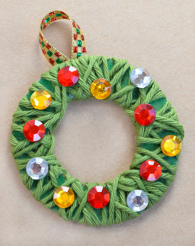 Christmas Arts And Craft Ideas For Toddlers  Yarn Wrapped Christmas Wreath Ornaments
