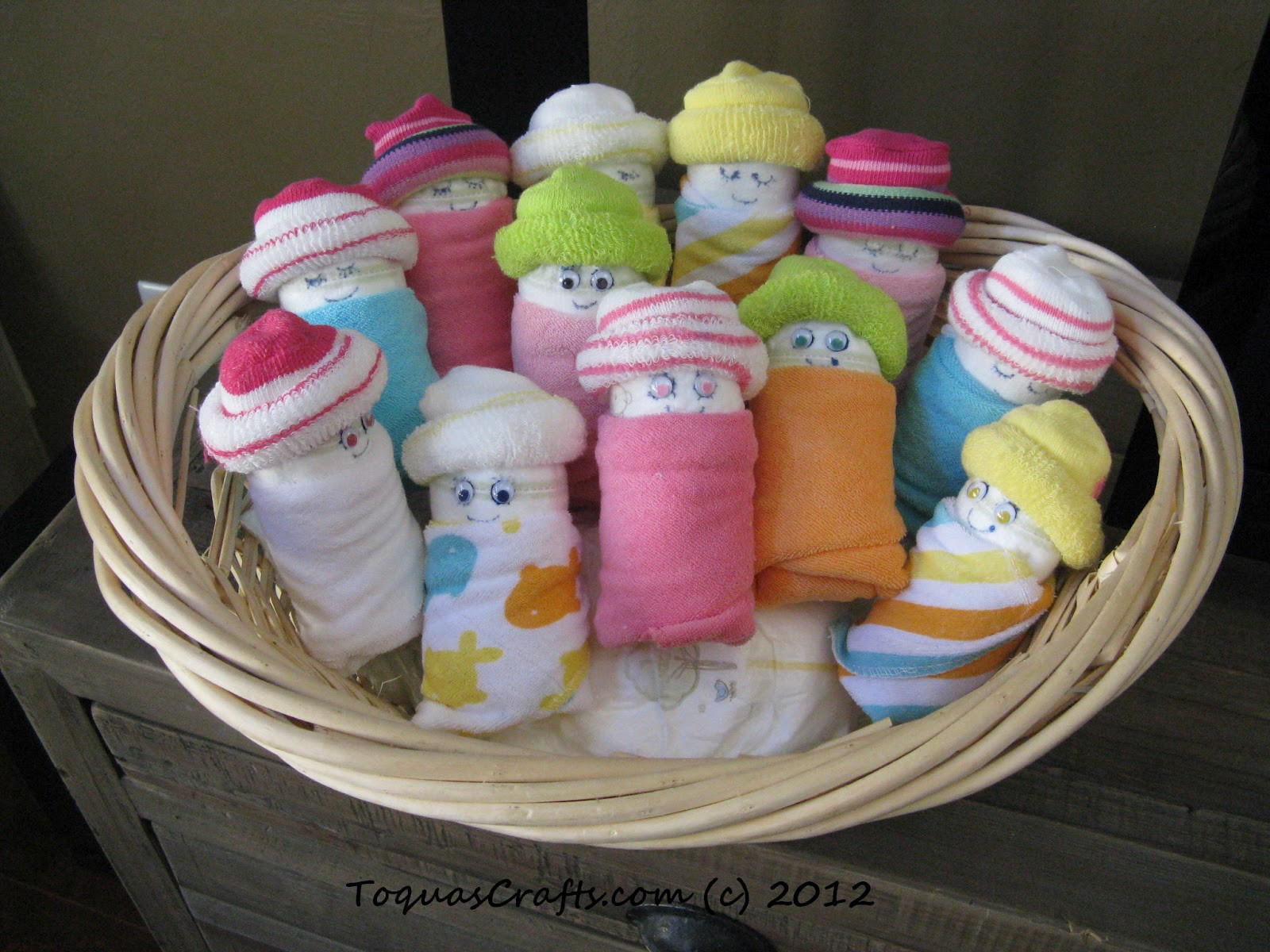 Craft Ideas For Baby Shower Decorations  Toqua s Crafts Baby Shower