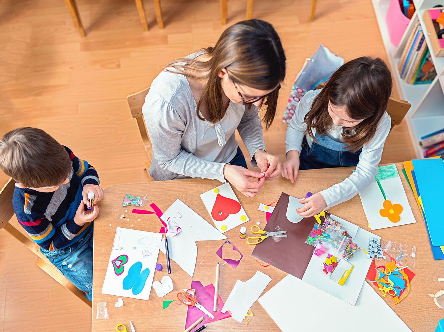 Crafts For Young Toddlers  50 Quick & Easy Kids Crafts that ANYONE Can Make