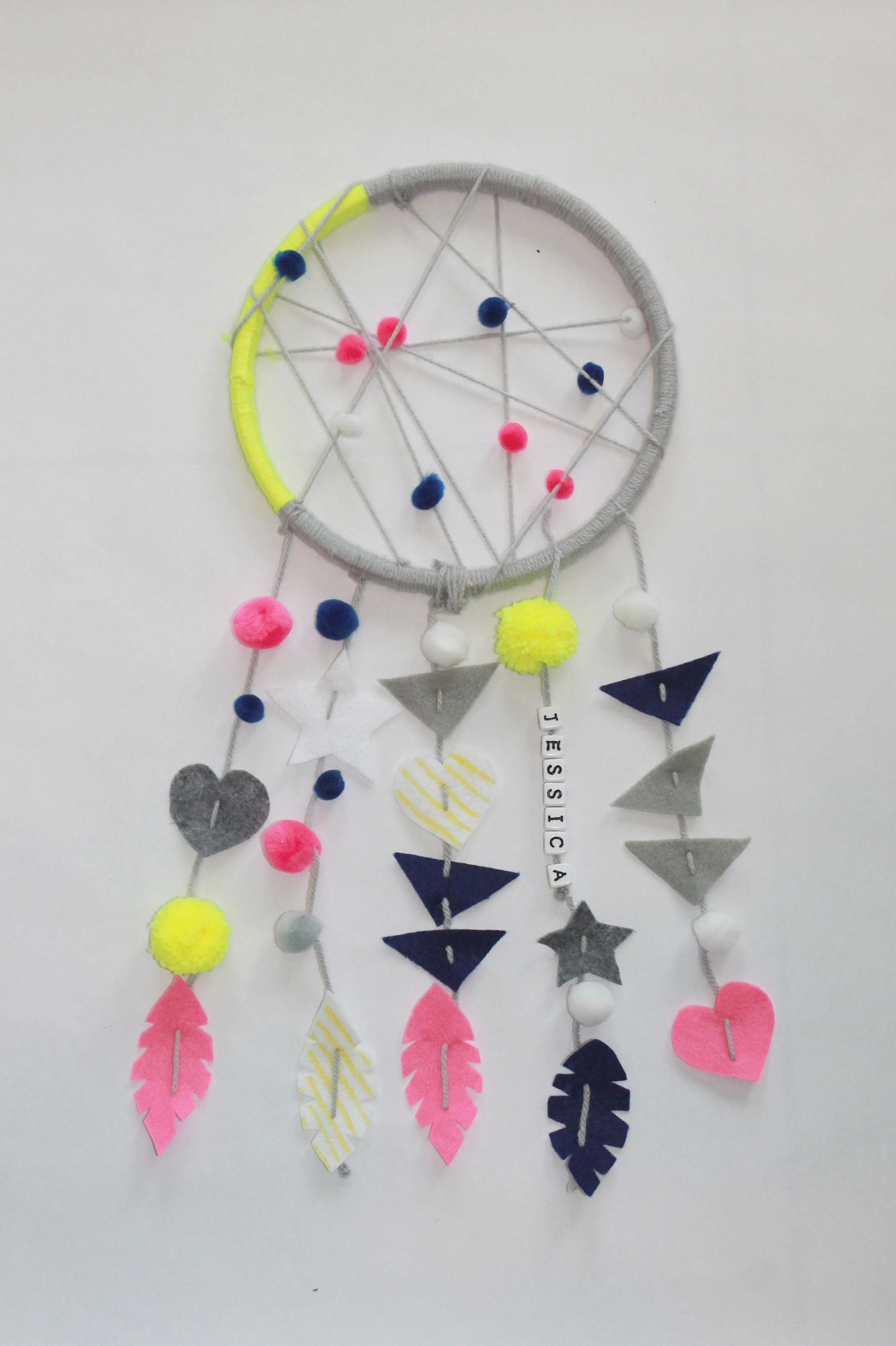 DIY Dream Catchers For Kids  Things to Do When the Kids are Sick
