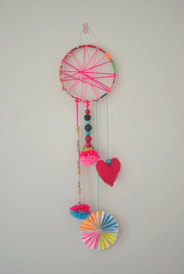 DIY Dream Catchers For Kids  DIY Dream Catchers Made by Kids