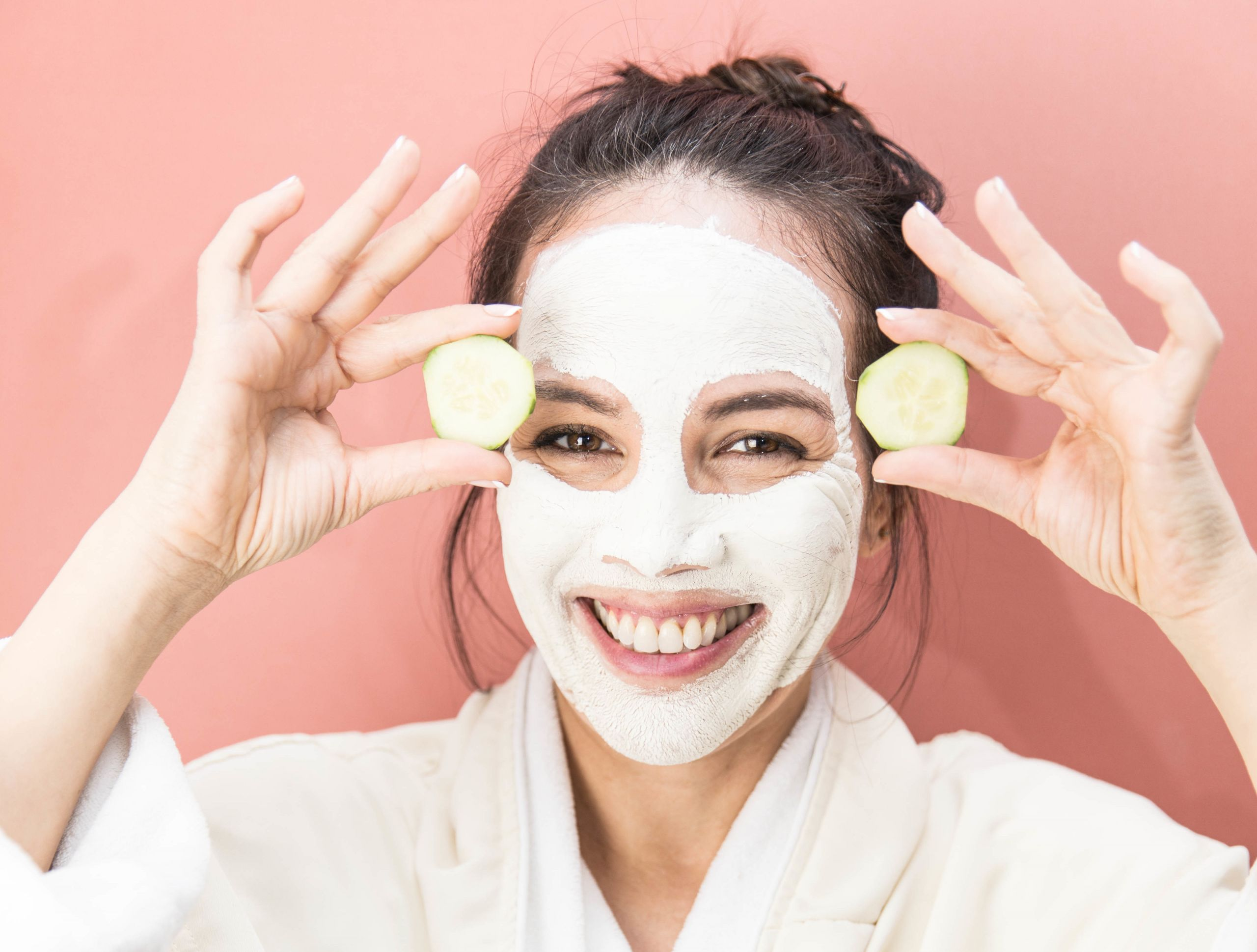 DIY Face Mask For Glowing Skin  4 DIY Face Masks For Glowing Skin Thayers Natural Reme s