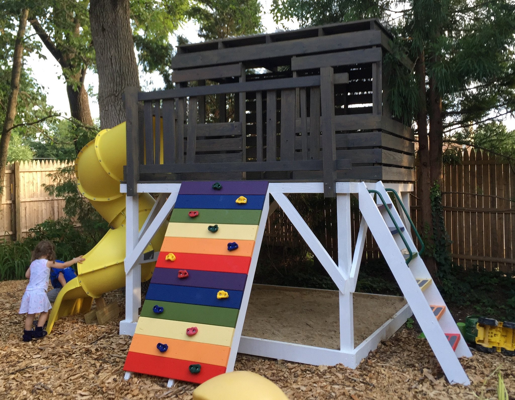 DIY Kids Clubhouse  Paul s Clubhouse Plan