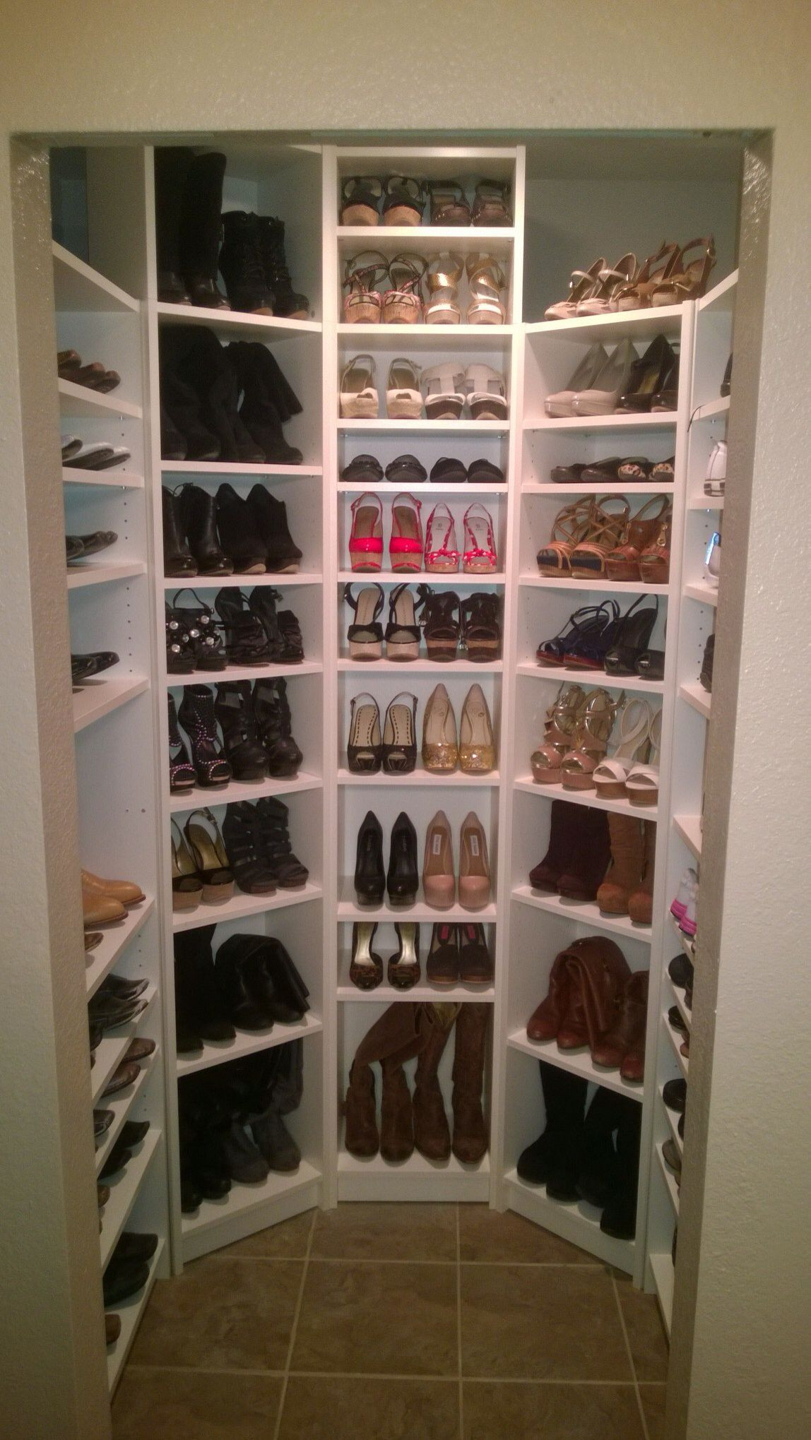 DIY Shoe Rack For Small Closet  Pin by Musetta Dorley on Bathroom in 2019