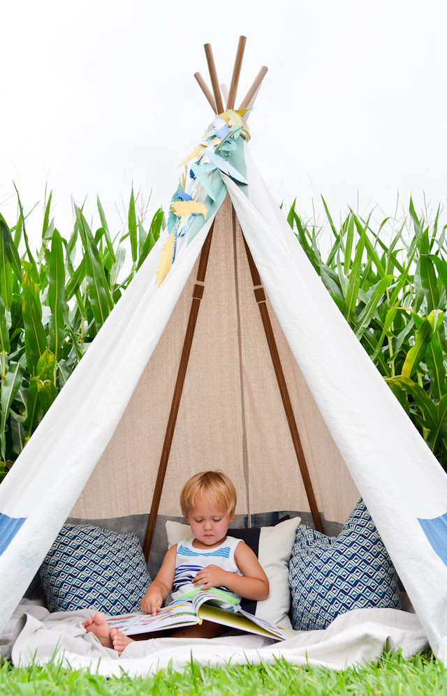 DIY Tent For Kids  15 DIY Teepees and Play Tents Your Kids Will Spend All
