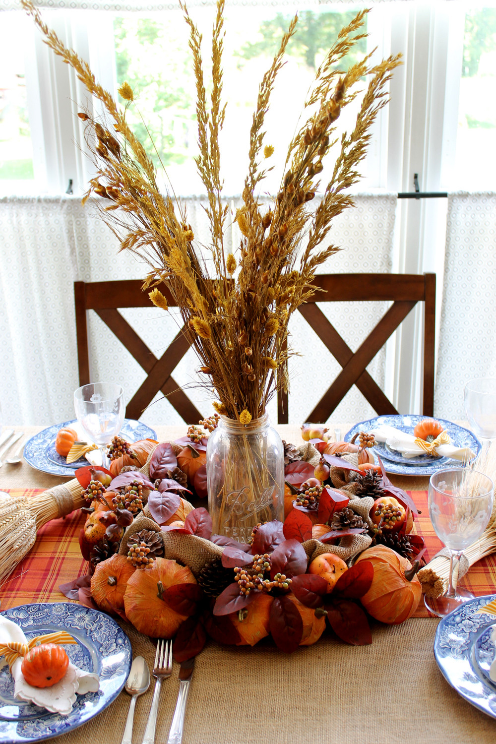 DIY Thanksgiving Decorations  DIY Thanksgiving Decorations for Your Table The Country
