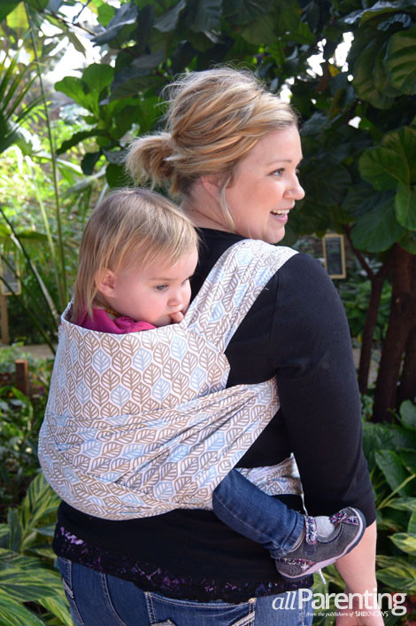 DIY Toddler Carrier  How to make a DIY baby carrier from a tablecloth