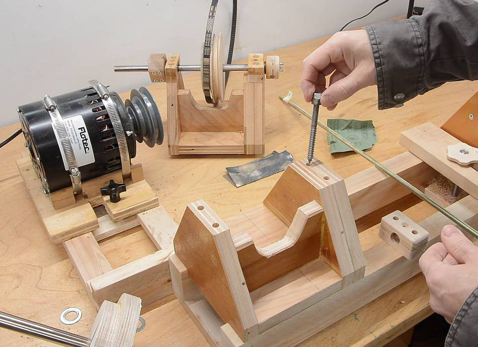 DIY Wood Lathe  Homemade 4 jaw lathe chuck and face plate