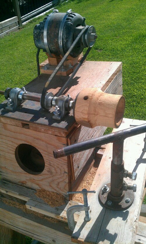 DIY Wood Lathe  Crazy homemade wood lathe