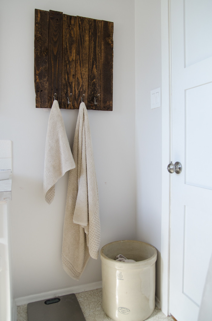DIY Wood Towel Rack  12 DIY Pallet Projects for Your Home Improvement