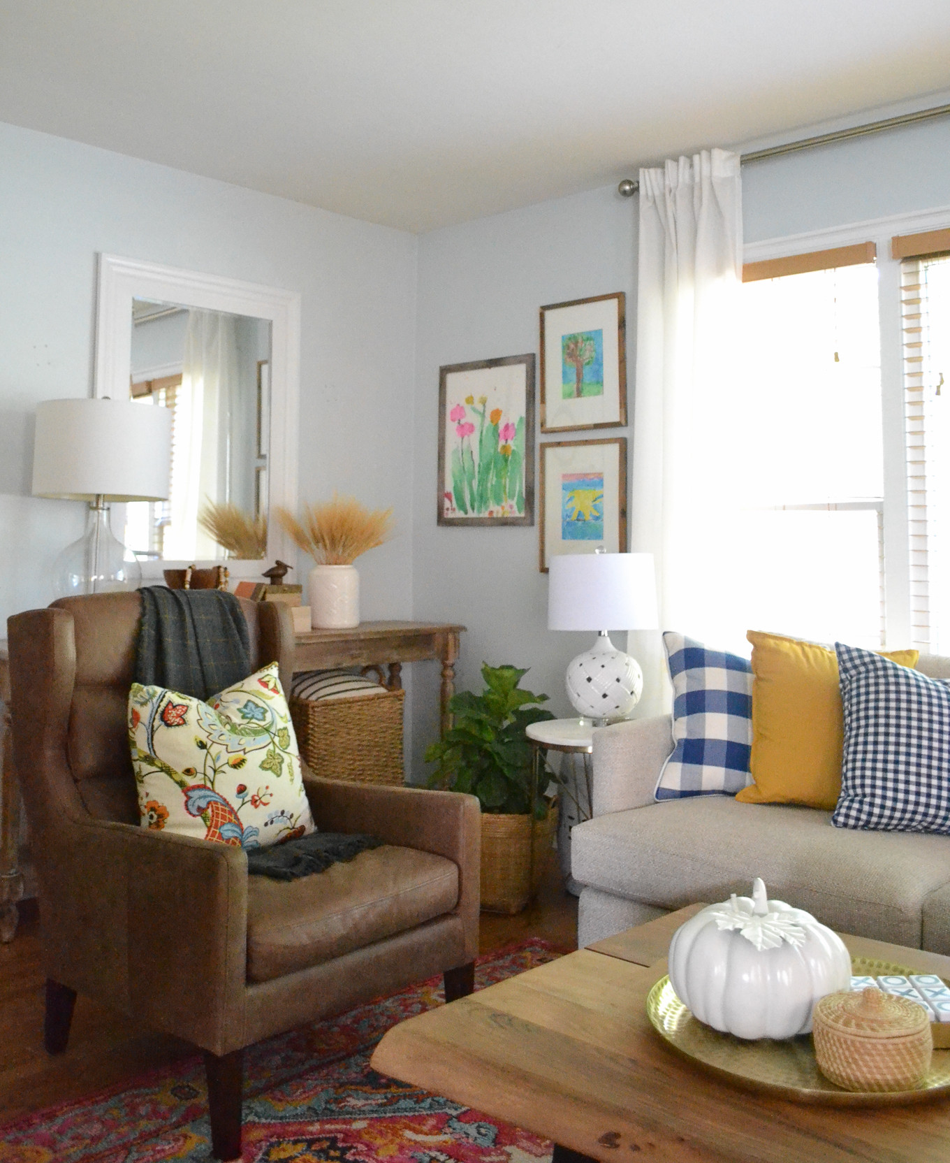 Fall Living Room Decorations  Living Room Decorating Ideas For Fall Balancing Home