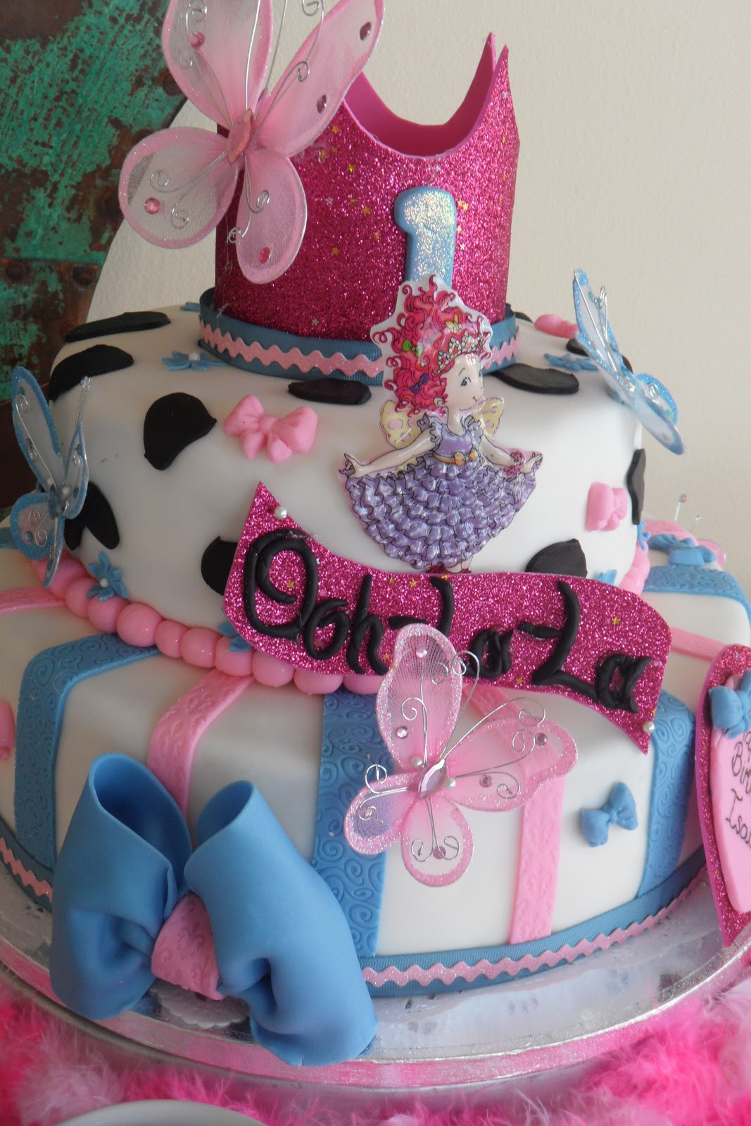 Fancy Birthday Cake  Dnichys Cakes and Cookies Fancy Nancy Cake