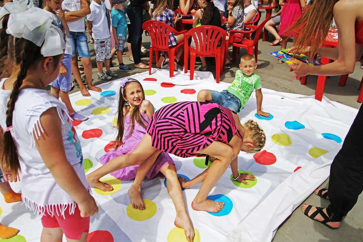 Fun Outdoor Games For Kids  Outdoor Activities and Games for Kids of All Ages