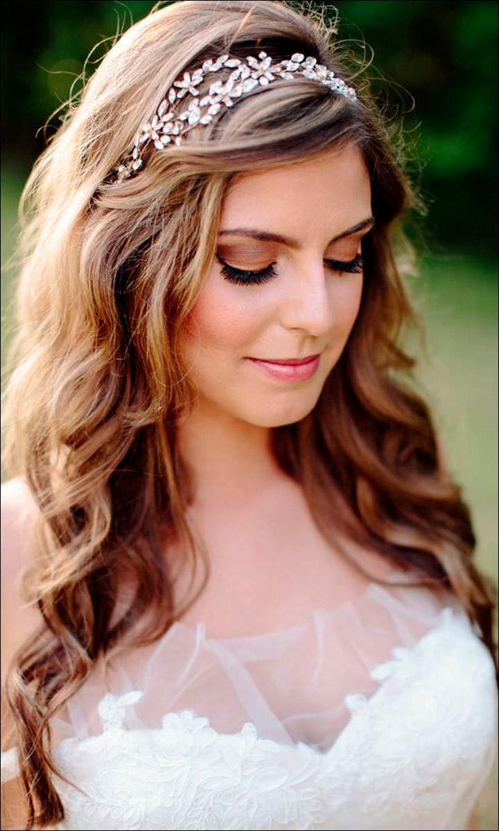 Hairstyles For Shoulder Length Hair For Wedding  Bridal Hairstyles For Medium Hair 32 Looks Trending This