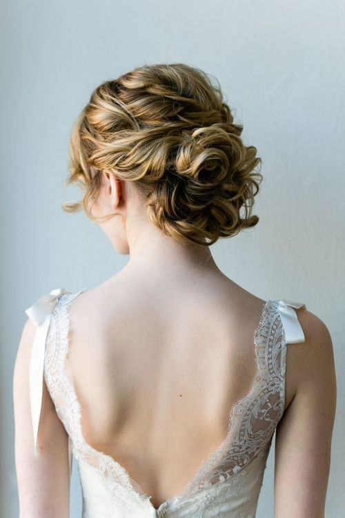 Hairstyles For Shoulder Length Hair For Wedding  15 Sweet And Cute Wedding Hairstyles For Medium Hair