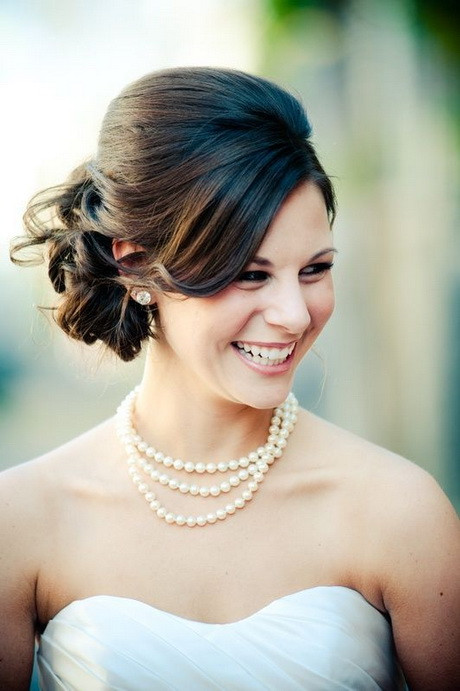Hairstyles For Shoulder Length Hair For Wedding  Wedding hairstyles for shoulder length hair