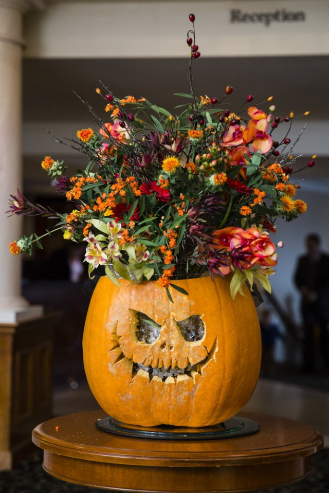 Halloween Themed Weddings  Halloween and Autumn Themed Wedding · Rock n Roll Bride