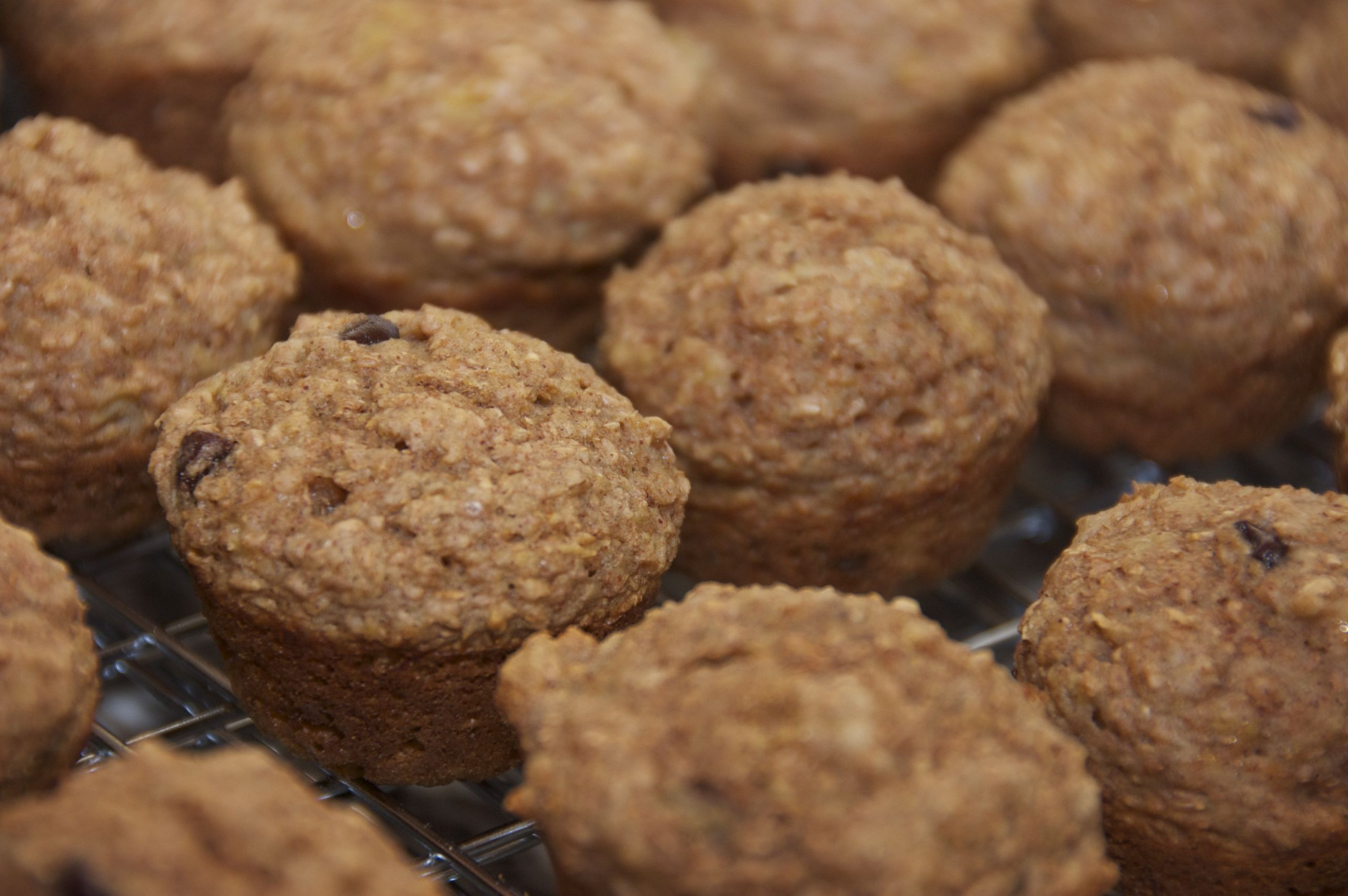 Healthy Banana Muffins With Applesauce  Healthy Banana Bran Applesauce Muffins
