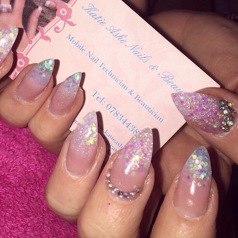 How To Do Glitter Acrylic Nails  Clear glitter acrylic nails done by me 💅 With images