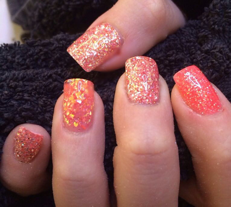 How To Do Glitter Acrylic Nails  Coral glitter acrylic nails With images