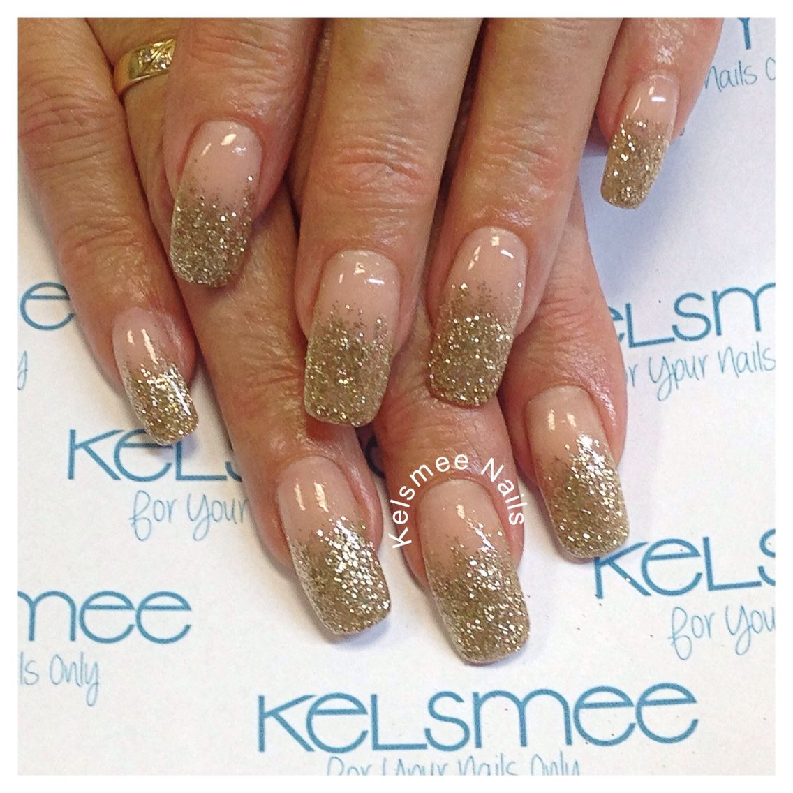 How To Do Glitter Acrylic Nails  Glitter fade shimmeringsand young nails acrylic