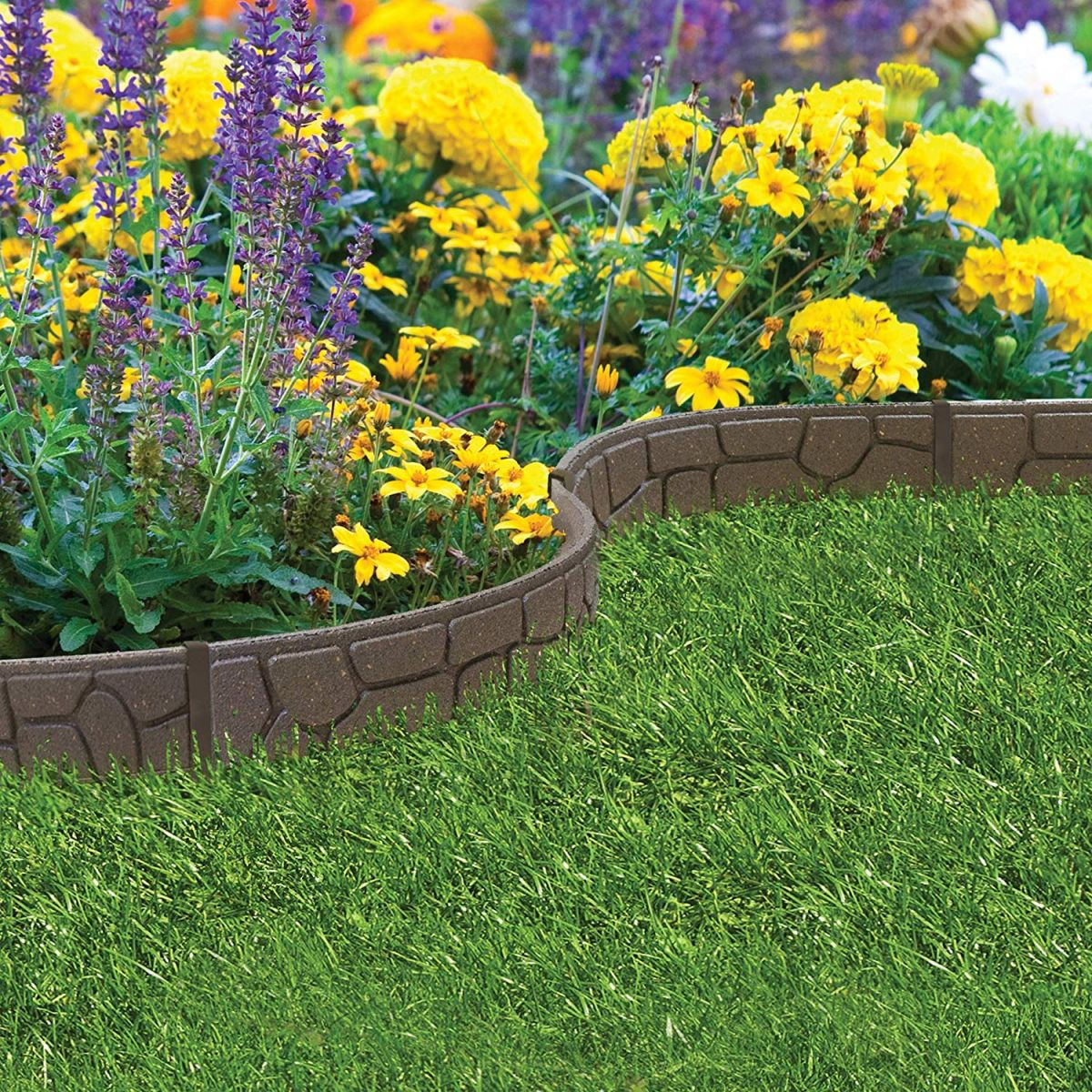 Landscape Edging Border  Lawn edging 8 ideas to keep your borders neat