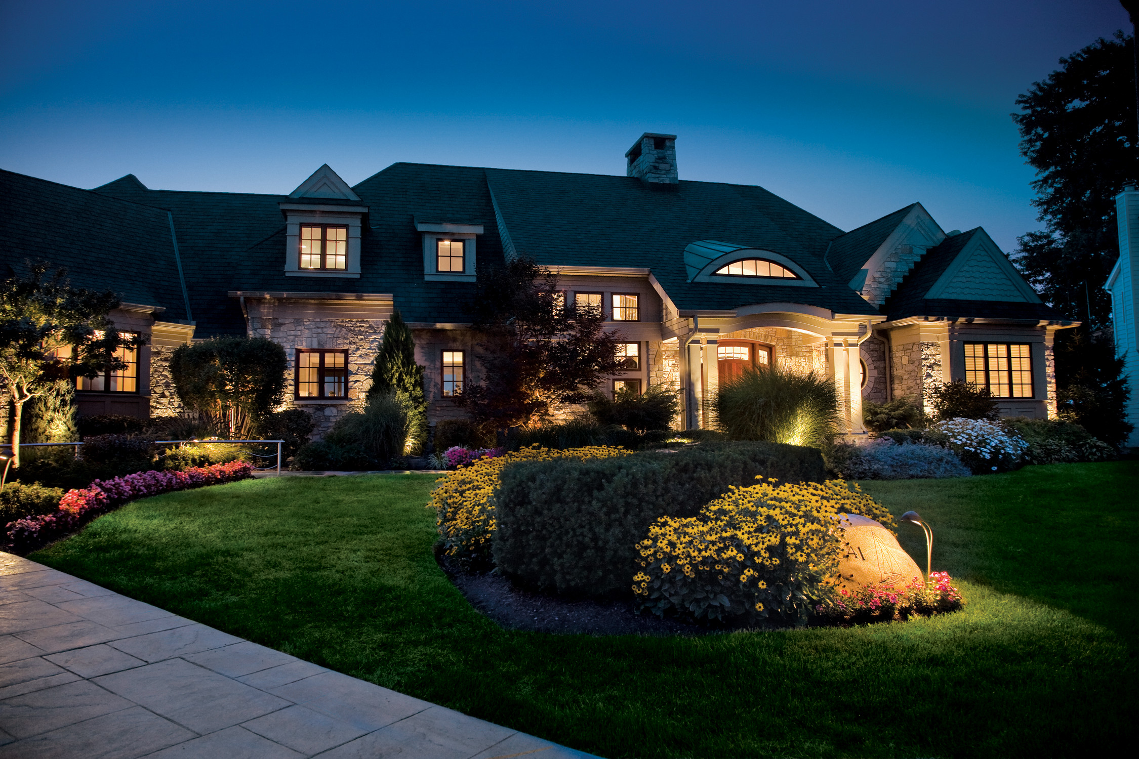 Landscape Lighting Ideas  The Outdoor Lighting Ideas For Update Your House