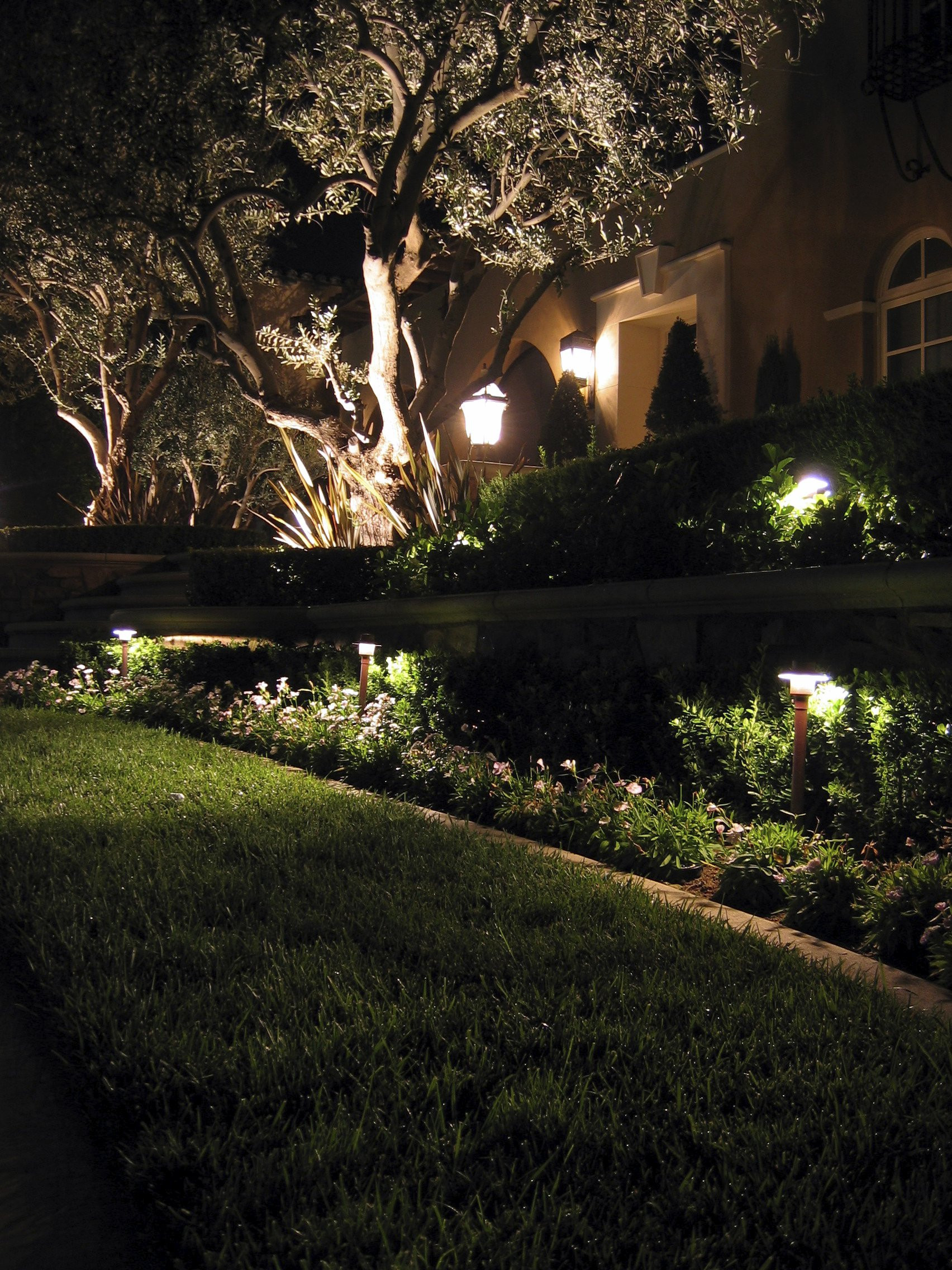 Landscape Lighting Ideas  7 Inspirational Ideas For Outdoor LED Landscape