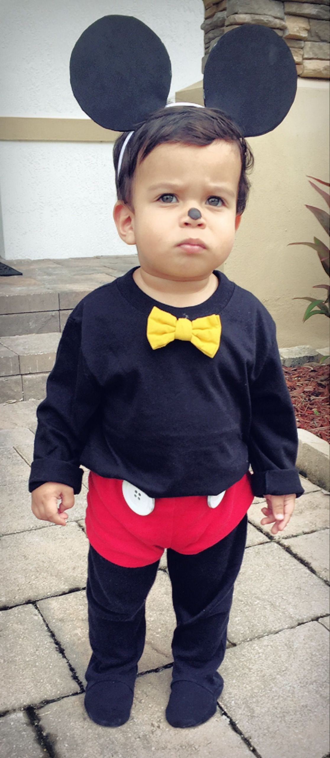 Mickey Mouse Costume DIY  DIY Mickey Mouse Toddler Costume