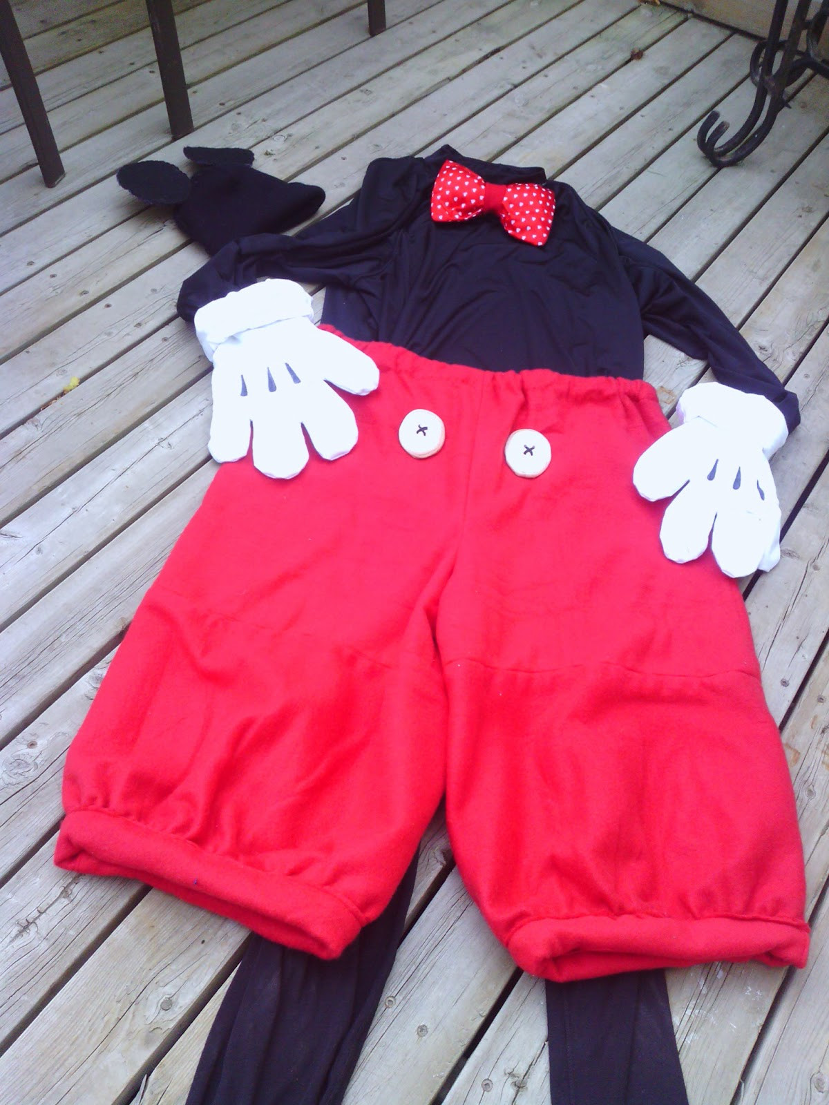 Mickey Mouse Costume DIY  Lillian the Domestic Engineer D I Y MICKEY