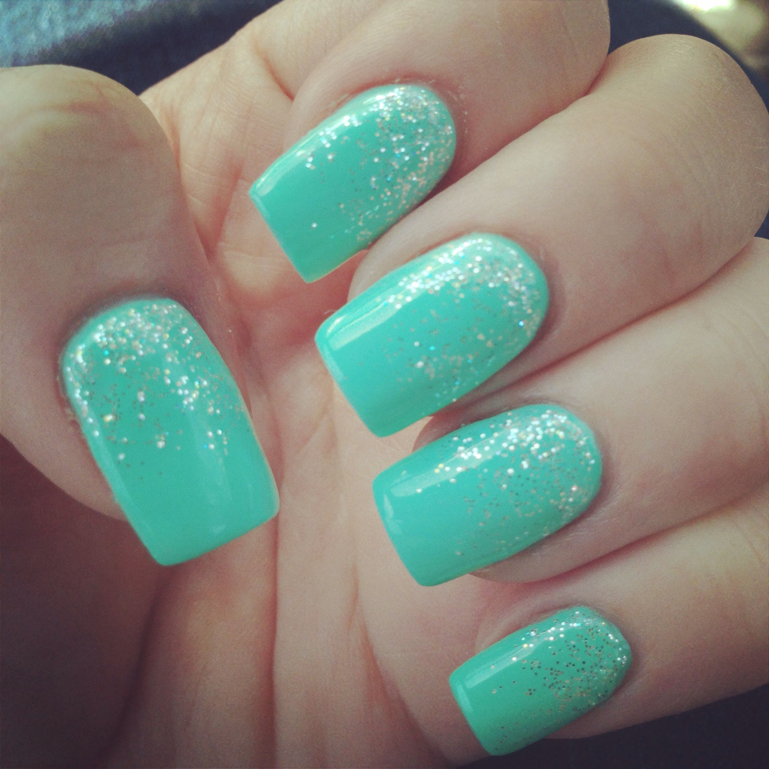 Natural Glitter Nails  Teal nails with silver glitter fading