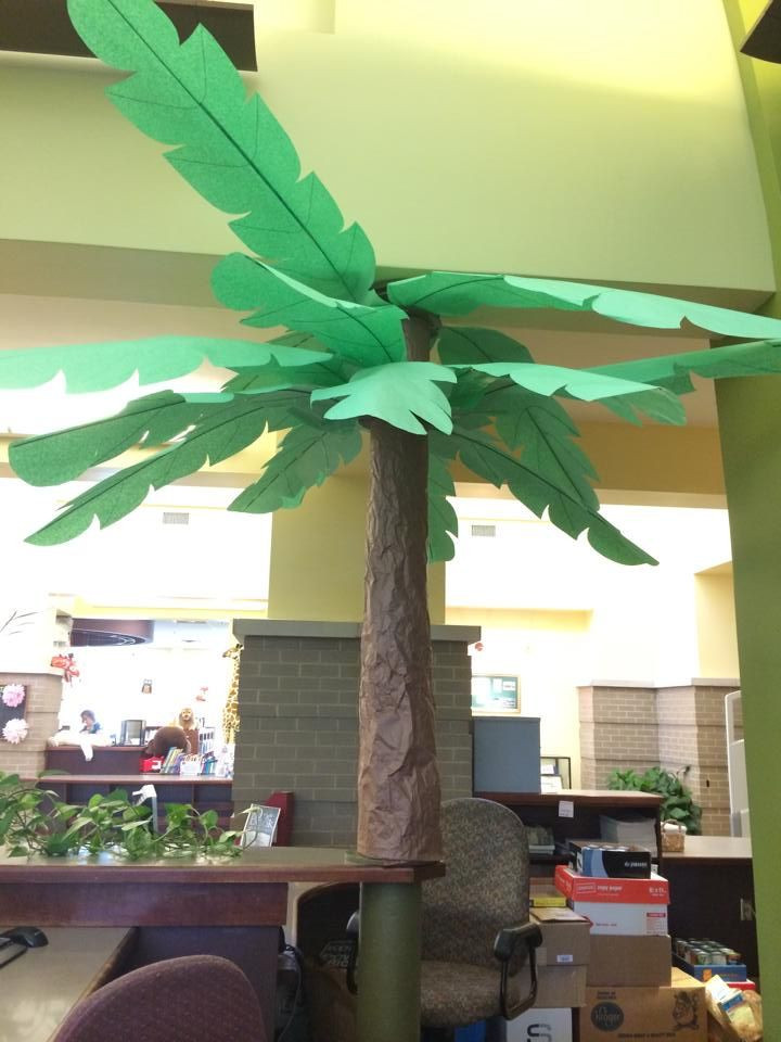 Palm Tree Decorations DIY  Make a cute corner vignette with this tree and bench and